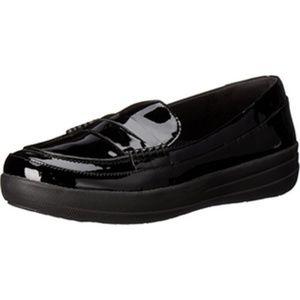 FitFlop F-Sporty Black Patent Penny Loafer. Size 9
